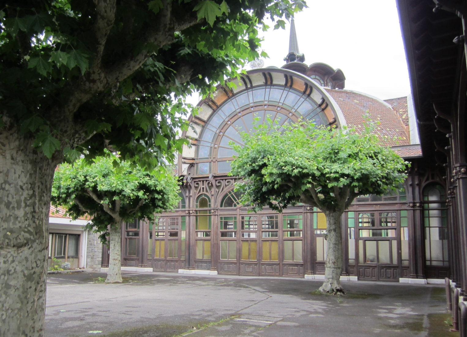 Buvette Cachat, la terrasse avant restauration