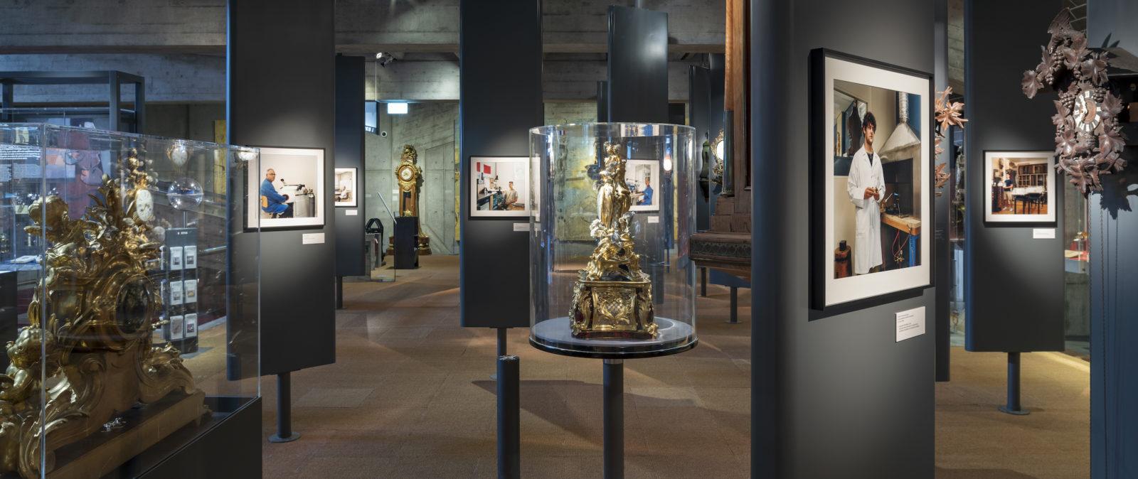 La Chaux-de-Fonds Vue de l'exposition Transmissions. L'immatériel photographié.